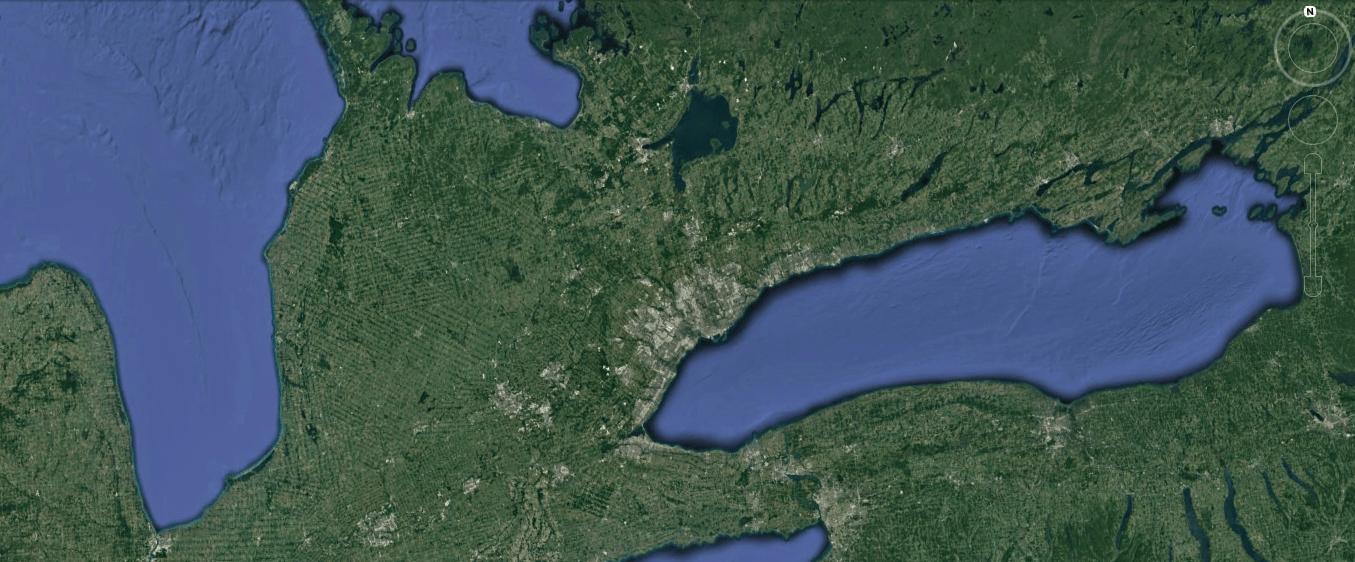 На севере видна граница начала онтарийской пустыни)))